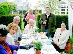"""""""Joan Plowright, Zoe Wanamaker, Judi Dench, Gawn Grainger, and Maggie Smith at a Birthday Party """" Maggie Smith Young, Joan Plowright, Evil Under The Sun, 75th Birthday Parties, Judi Dench, Movie Stars, Fangirl, Theatre, British"""
