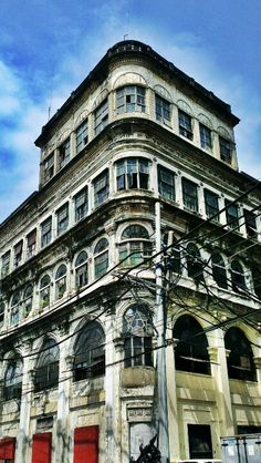 The Home - Escort, Manila - philippines holiday Philippine Architecture, Philippine Holidays, Filipiniana, Manila Philippines, Back In Time, Filipino, Old Houses, Cuba, The Good Place