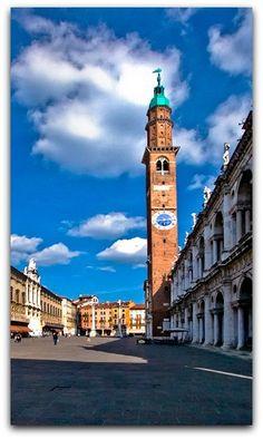 Piazza dei Signori, Vicenza, Italy, By FotoAmore