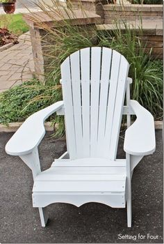 Make this comfy DIY Wood Adirondack Chair in one weekend! Template of all chair parts, plans, step by step tutorial, material list and paint color included! Diy Outdoor Furniture, Furniture Projects, Furniture Plans, Rustic Furniture, Furniture Makeover, Wood Projects, Diy Furniture, Woodworking Projects, Outdoor Chairs