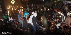 Seluruh DPC FPI DKI Pantau Kemanaan Warga Dari Teror Geng Motor Brutal  [PORTAL-ISLAM]JAKARTA - Keberadaan komplotan geng motor selama ini telah meresahkan warga utamanya pengguna jalan. Sebab geng motor itu tak tanggung-tanggung bila sudah beraksi bisa membuat korbannya tak berdaya. Beberapa pelaku dari geng motor memang sudah ditangkap oleh aparat kepolisian namun aksi brutal para gerombolan itu tetap saja marak di ibukota. Maka dari itu sejumlah ormas di Jakarta salah satunya Front…