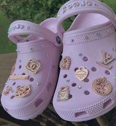 Crocs Fashion, Womens Fashion Sneakers, Fashion Shoes, Swag Shoes, Cute Sneakers, Aesthetic Shoes, Fresh Shoes, Hype Shoes, Sneaker Heels