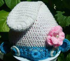 Caciulita strumfita crosetata  | Crosetate Bucuresti  Crocheted hat smurfette #smurf #smurfette #crochet #crocheted #crocheting #hatcrochet #babyshower #babycrochet #botez #ideecadou #handmade #handia #handiamade #caciulita