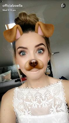 Every time you post something online you have a choice. You can either make it something that adds to the happiness levels in the world - or you can make it something that takes away. British Youtubers, Best Youtubers, Youtuber Tweets, Zoella Beauty, Show Makeup, Zoe Sugg, Joey Graceffa, Celebrity Travel, Celebrity Dads