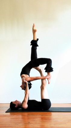 Acro Yoga, Partner Yoga, Photo by Greg Roberts
