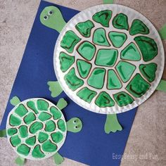 Paper Plate Turtle Craft Paper Plate Crafts for Kids - Turtle Paper Plate Crafts For Kids, Spring Crafts For Kids, Halloween Crafts For Kids, Paper Crafts For Kids, Arts And Crafts Projects, Christmas Crafts For Kids, Crab Crafts, Pig Crafts, Animal Crafts