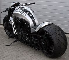"No Limit Custom ""Monza"" V-Rod."