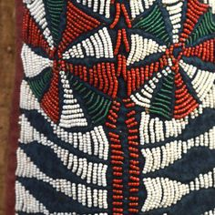 Kuosi Elephant Society Mask | Virtual Tribal and Textile Art Shows French Collection, West Africa, Hand Spinning, Custom Wood, Traditional Art, Wood And Metal, Textile Art, Elephant, Carving