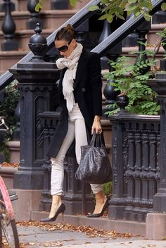Street Style - Black and white