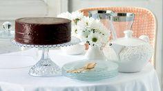 Dort Sacher Foto: Gurmet Sacher, Panna Cotta, Cakes, Fresh, Ethnic Recipes, Food, Dulce De Leche, Cake Makers, Kuchen