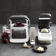 Williams-Sonoma Vegetable Chopper