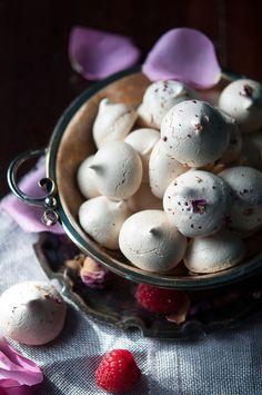 Rose cocktail & rose petal meringues with raspberry cream