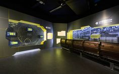 Microcosm exhibition at CERN von Indissoluble | Installationen