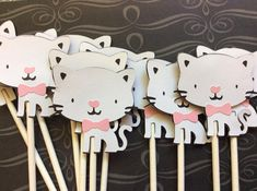 12 Prissy the Cat Cupcake toppers by crafterslimited on Etsy
