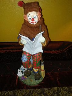"""Clown Figurine Reading Newspaper collection 12"""" garbage can broom dog sweater"""