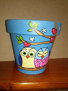 Idea Of Making Plant Pots At Home // Flower Pots From Cement Marbles // Home Decoration Ideas – Top Soop Flower Pot Art, Flower Pot Design, Flower Pot Crafts, Clay Pot Projects, Clay Pot Crafts, Painted Plant Pots, Painted Flower Pots, Clay Pot People, Pottery Painting Designs