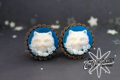 White blue cat cameo plugs 20mm 13/16  gauges by TheCaptainCosmos