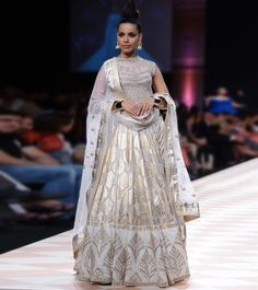 Anita Dongre royal collection at Lakme Fashion Week Winter/Festival 2013 SN 12 Indian Bridal Wear, Indian Wedding Outfits, Indian Outfits, Indian Clothes, Indian Wear, Wedding Attire, Indian Style, Indian Ethnic, Eid Outfits