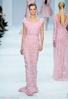 Ellie Saab. Now that's my kind of prom dress