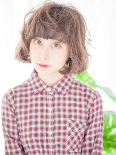 「ハイトーンカラー×クセ毛風パーマ カジュアルボブ☆」 ショートのヘアスタイル。
