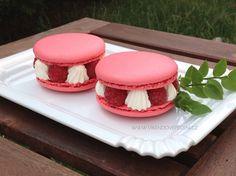 VÍKENDOVÉ PEČENÍ Sweet Tooth, Cheesecake, Muffin, Cupcakes, Eat, Breakfast, Food, Cupcake, Meal