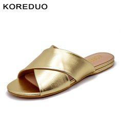b2c6d3e018dc US  24.6 40% OFF KOREDUO 2018 Neue Sommer Schuhe Flache Maultiere  Hausschuhe mit Design Backless Frauen Flache Schuhe in Gold Weiß Slip On  Sandalen MS in ...