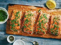 Salmon with a Herbed Sea Salt Crust Zesty Sauce, Teppanyaki, Eat Smart, Crust Recipe, Lean Protein, Good Fats, Fish Dishes, Bbq Grill, Salmon Recipes