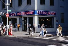 10 NYC restaurants from TV shows that you can visit in real life #nyc #ny #bigappled