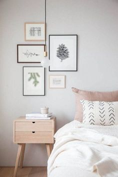 These minimalist bedrooms span a range of styles, from natural chic to industrial, including a variety of simple color schemes to help you get started #minimalistbedroom #minimalist #bedroom #masterbedroom