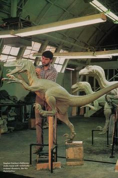 sculpt_velociraptor_jurassic