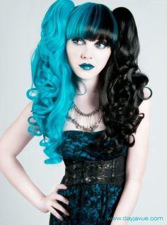 Half And Half Hair, Split Dyed Hair, Coloured Hair, Dark Beauty, Gothic Beauty, Gothic Makeup, Grunge Hair, Mi Long, Hair Dos