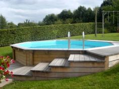 Everyone loves luxury swimming pool designs, aren't they? We love to watch luxurious swimming pool pictures because they are very pleasing to our eyes. Now, check out these luxury swimming pool designs. Above Ground Pool Landscaping, Above Ground Pool Decks, Backyard Pool Landscaping, Backyard Pool Designs, Above Ground Swimming Pools, Small Backyard Pools, In Ground Pools, Landscaping Ideas, Small Pools