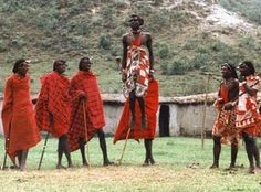 Pictures of people of the world - Bing Images Giant People, Tall People, Black People, We Are The World, People Of The World, Women In China, African American Studies, Guinness World, Folk Dance