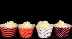 Orange & blue cupcake wrappers. Perfect for Auburn & Florida fans. Brilliant idea!