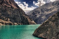 Attabad Lake: Lake caused by an earthquake in northern Pakistan. Wonderful Picture, Pakistan, Places To Visit, River, Outdoor, Outdoors, Outdoor Games, The Great Outdoors, Rivers