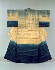 "Aug. 8-Sept. 23 Living National Treasure Fukumi Shimura, the senshoku dyeing expert and textile weaver, once said that she was ""borrowing the true colors f"