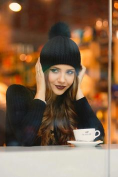 3 Confident Tips AND Tricks: Coffee Cafe Christmas but first coffee cup.But First Coffee Cup home made coffee scrub. Sexy Coffee, Coffee Girl, I Love Coffee, Coffee Break, Morning Coffee, Coffee Mornings, Black Coffee, Coffee Photography, Portrait Photography