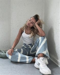 Summer Fashion Tips .Summer Fashion Tips Urban Outfitters Outfit, Aesthetic Fashion, Aesthetic Clothes, Look Fashion, Korean Fashion, Classy Fashion, Petite Fashion, Fashion Vintage, French Fashion