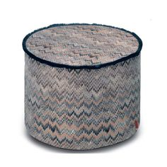 Thailand #164R is part of Missoni Home 2017 Copper Geranium collection. Thailand #164R features a soft fringe surrounding dark zigzags between metallic accents and serrated shadows on jacquard.Thailand #164 also comes in a 40cm cushion.