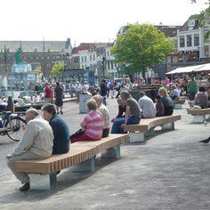 STREETLIFE R&R Curve Bench. #StreetFurniture #UrbanBench #CurveBench