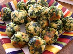 Crafty's Cafe: Party Food: Spinach Balls