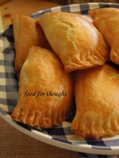 Food for thought: Τυροπιτάκια κουρού Pureed Food Recipes, Greek Recipes, Cooking Recipes, Greek Pastries, Armenian Recipes, Greek Dishes, Savoury Dishes, Different Recipes, Food For Thought