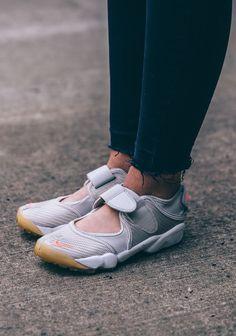 3ec034109 45 Best Sneakers: Nike Air Rift images in 2019   Nike air rift ...