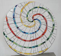 Mosaico. Ejercicio de espirales realizado por Cris Padrah en el taller de Fernanda Jaton.