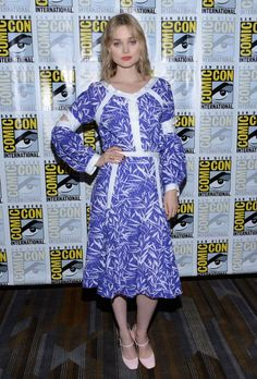 Bella Heathcote wore a #PrabalGurung Resort 2017 outfit to the #ManintheHighCastle panel at #ComicCon. #SDCC2016 The Fashion Court (@TheFashionCourt) | Twitter