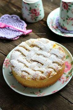 Tart Recipes, Sweet Recipes, Dessert Recipes, Burritos, Italian Easter Pie, Kitchen Recipes, Cooking Recipes, Crostata Recipe, Best Banana Bread