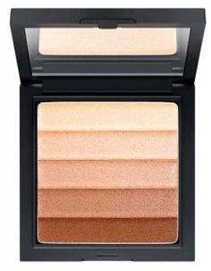 #Make-up desta #estação: #Truques para #olhos e #lábios mais bonitos #makeup #eyes #lips #beauty #LookClean #SecondSkin #natural #simple #minimal #PerfumesCompanhia #sombras #diamond