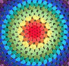 Revisiting the Granny Mandala…. | Crochet with Raymond http://crochethealingandraymond.wordpress.com/2010/11/11/revisiting-the-granny-mandala/