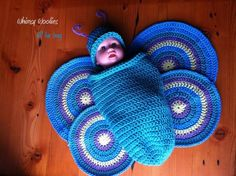 Adorable Crochet and Knitted Baby Cocoon Patterns --> Crochet Butterfly Baby Cocoon Crochet Baby Cocoon Pattern, Newborn Crochet, Crochet Blanket Patterns, Baby Blanket Crochet, Baby Patterns, Crochet Messenger Bag, Crochet Butterfly, Butterfly Baby, Crochet Photo Props