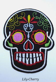 Patch écusson brodé thermocollant crâne tête de mort candy skull pin up x1 : Déco, Customisation Textile par lilycherry